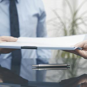 Overlevering av kontrakt, illustrasjon kurs kontraktsinngåelse